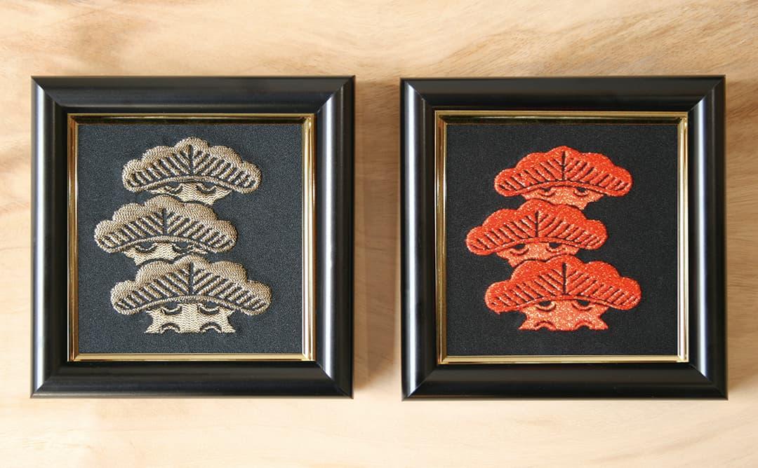 家紋刺繍額彩色違い左三階松