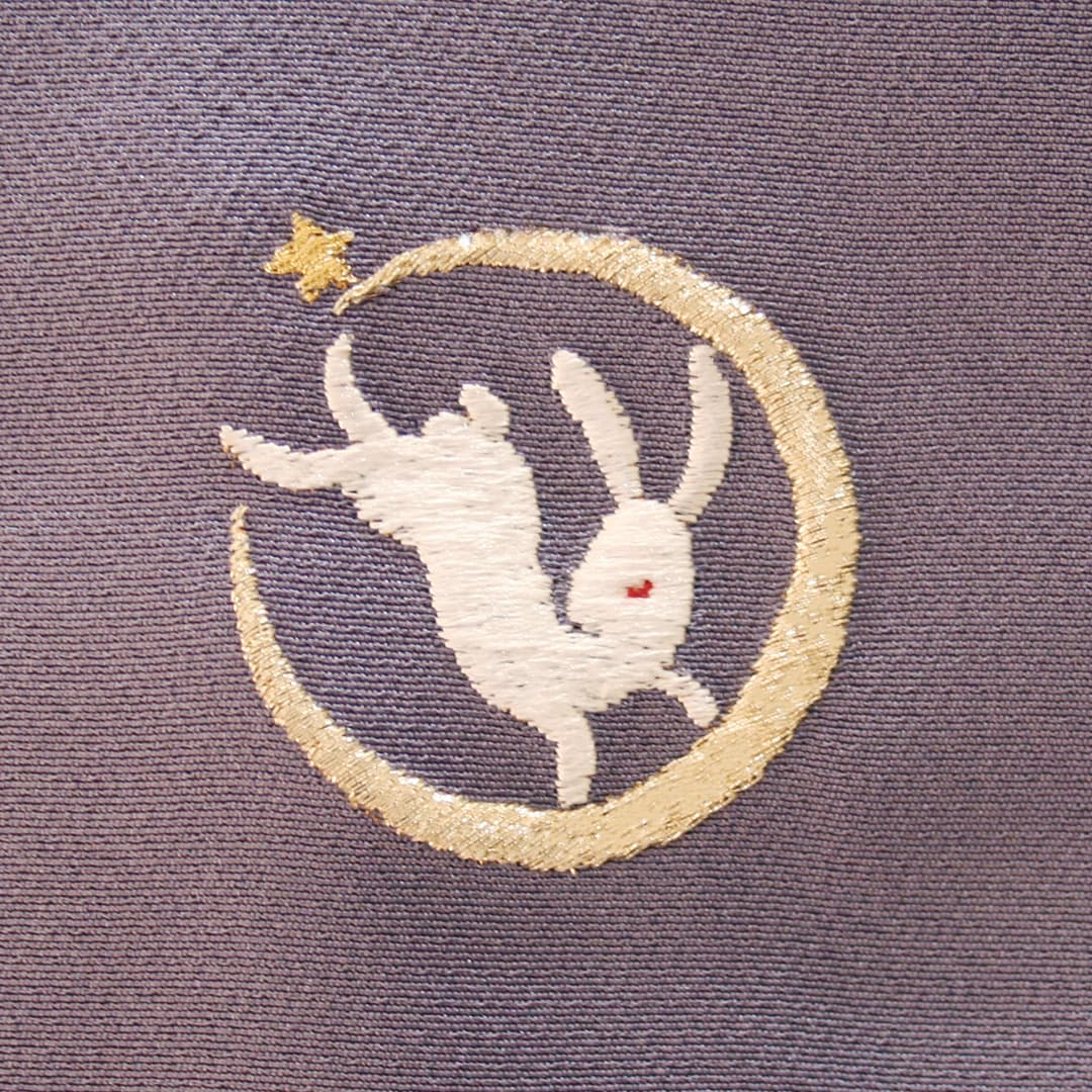 【月にうさぎ】 お洒落紋 着物 華紋 刺繍 加賀紋